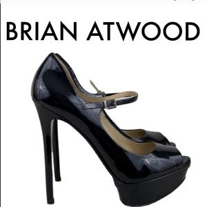 👑 BRIAN ATWOOD PATENT LEATHER MARY JANE HEELS